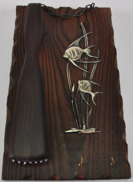Holzbild mit Kleiderbürste ca. 30x18 cm
