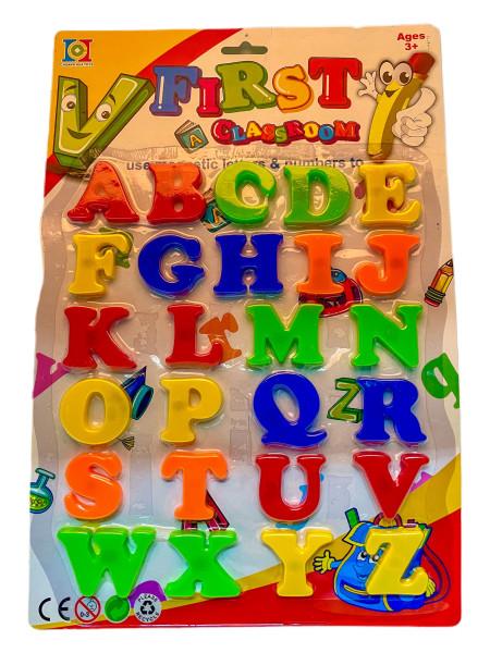 Magnetische Buchstaben farb. sort. BC; ca. 26.0 x 39.0 cm